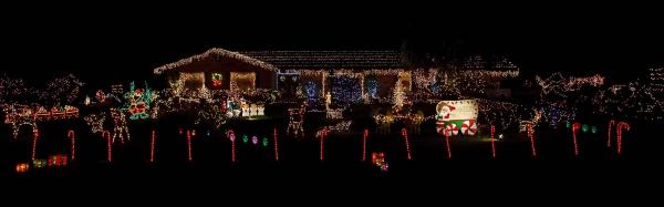 christmas-lights-omoko-drive